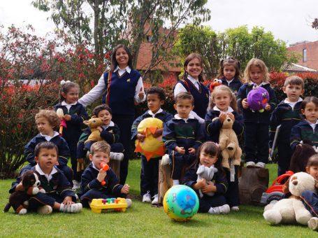 El Jardín Infantil Aprendemos Jugando